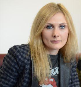 Karádi Katalin EFIKOT 2016